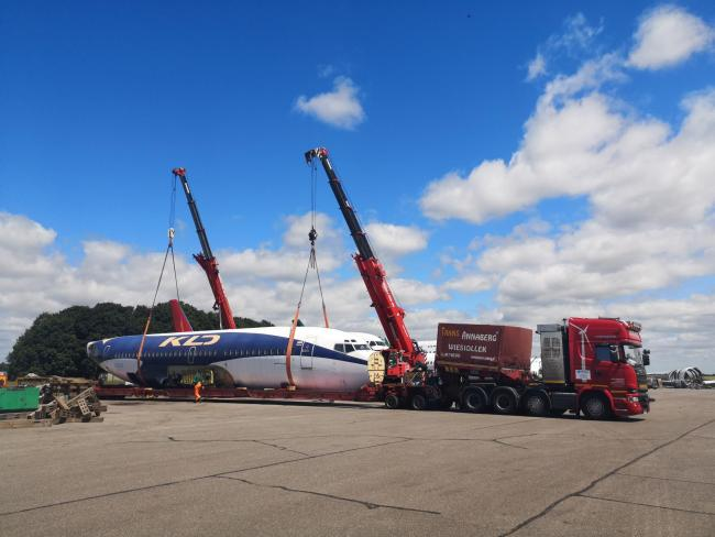 The Boeing aeroplane body that will be escorted through the Cotswolds tomorrow