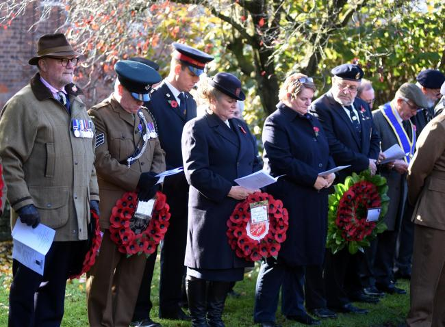 NOV 10  2019         PHOTOGRAPHER  Simon Pizzey Stroud  Park Gardens Rememberance