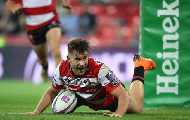 Gloucester Rugby's Mark Atkinson dives in to score his sides second try during the European Challenge Cup Final at the San Mames Stadium, Bilbao. PRESS ASSOCIATION Photo. Picture date: Friday May 11, 2018. See PA story RUGBYU Challenge. Photo credit s