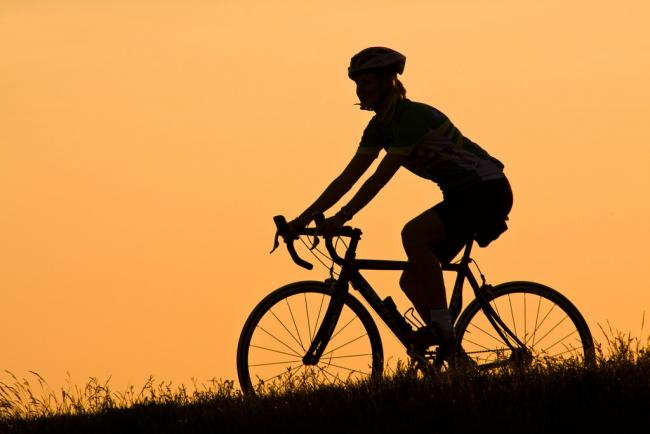 Cycling - picture by Hakan Dahlstrom / Flickr