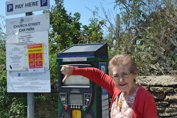 ?type=app&htype=318 - PARKING CHARGES: Poll shows nearly 90% disagree with decision to increase fees in Cotswolds