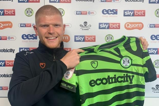 Elliott Whitehouse signs for Forest Green Rovers