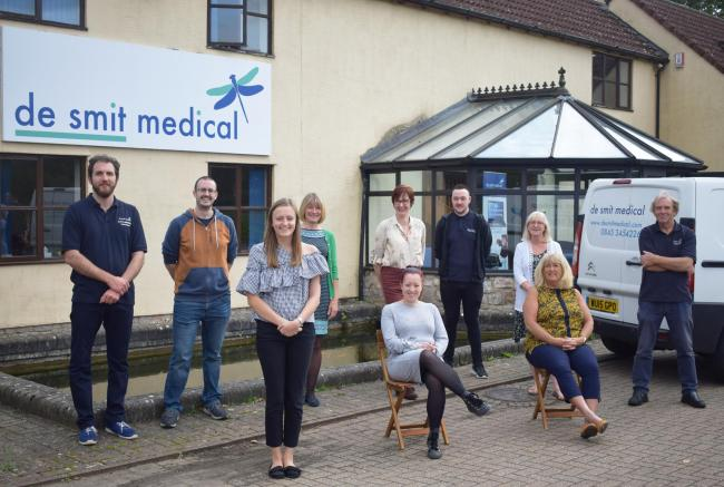 The team at De Smit medical supplies LTD