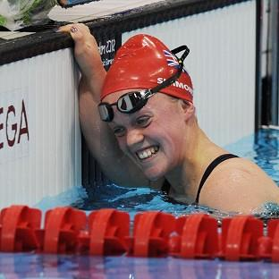 Ellie Simmonds produced a stunning swim to win gold in the S6 400m freestyle