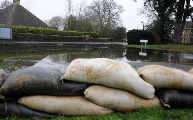 Wilts and Gloucestershire Standard: Sandbags in Spitalgate Lane in Cirencester