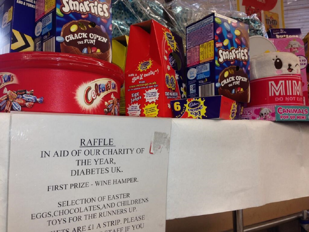 Tesco Metro in Cirencester has been slammed for giving away a whole hamper of chocolate in aid of charity Diabetes UK