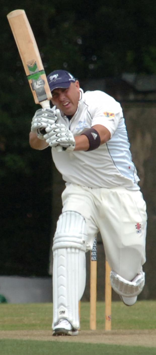 Wilts and Gloucestershire Standard: Lechlade skipper Joe Breet in action