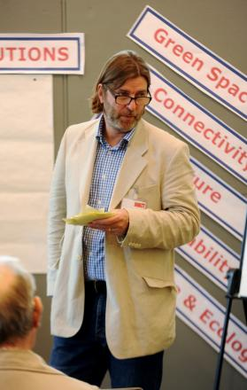 Charles Campion speaks at the consultation on the Chesterton housing development