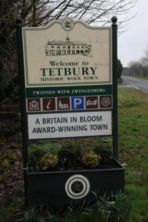 Littering and drug concerns over youngsters using Tetbury's Recreation Ground