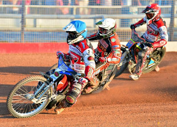 Wilts and Gloucestershire Standard: Swindon's top scorer Simon Guftasson leads Tai Woffinden and team-mate Nick Morris. Picture: Ian Lewis (7158163)