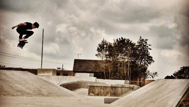 Oliver Gyde at Cirencester skate park. Photo by Marc Churchill