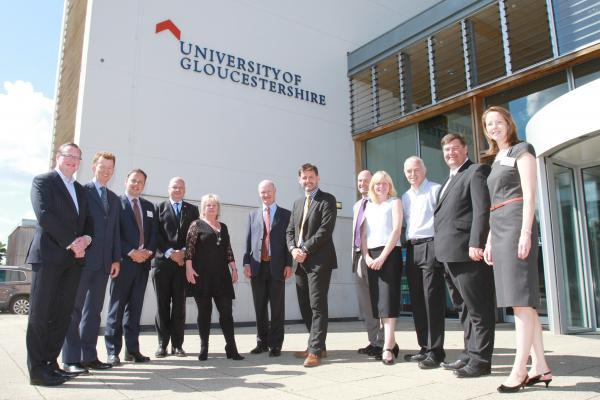 David Willetts MP, Minister for Universities and Science visits the University of Gloucestershire to announce the GFirst LEP Growth Deal - Picture by Antony Thompson - Thousand Word Media