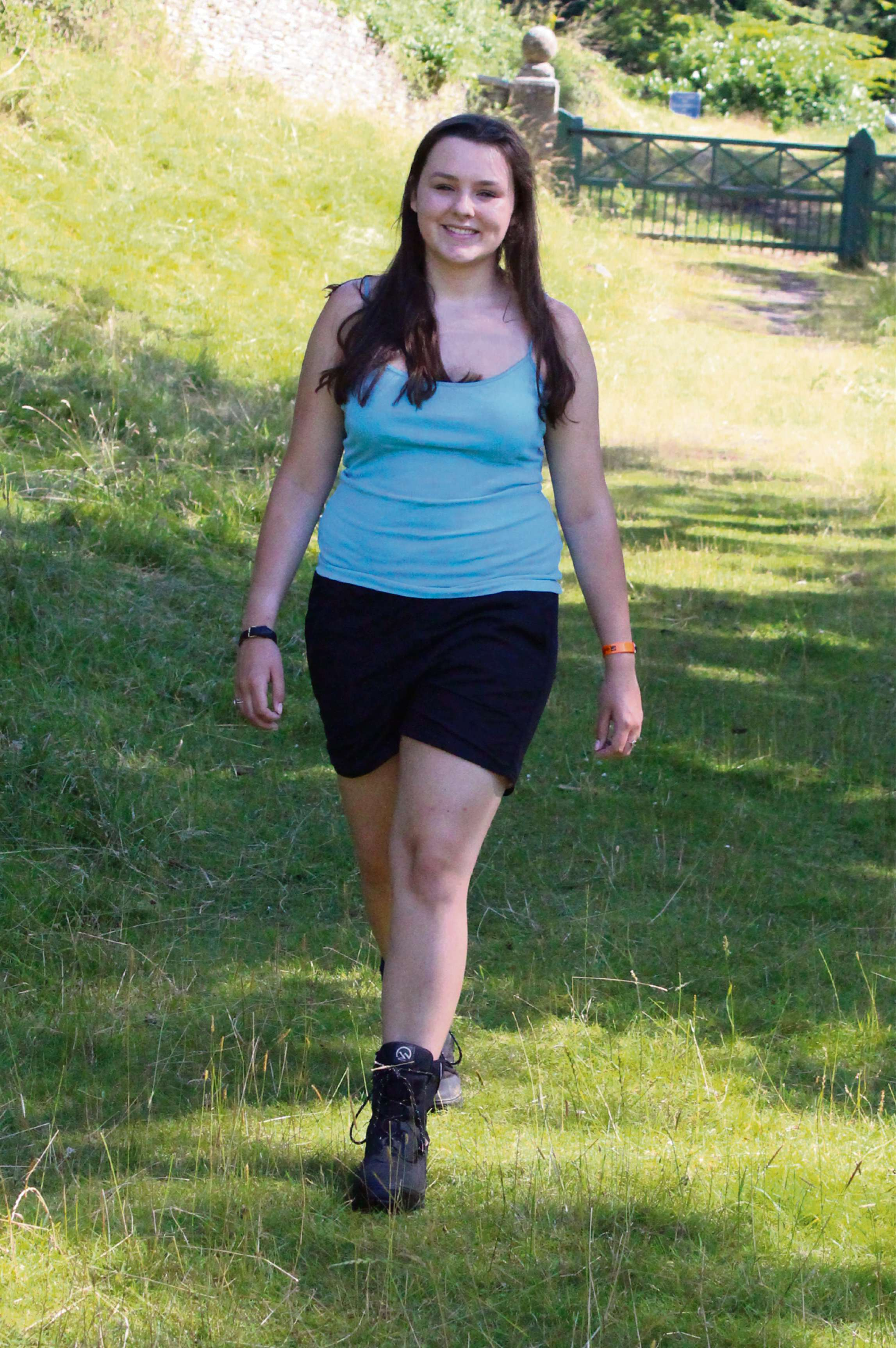 Bourton schoolgirl to walk 104 miles in memory of late father