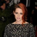 Wilts and Gloucestershire Standard: Kristen Stewart took part in the Ice Bucket challenge