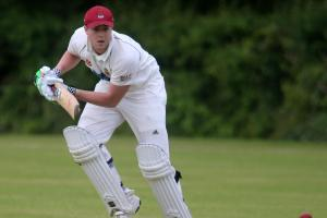 CRICKET: Gritty Reynolds innings protects Cirencester's unbeaten status
