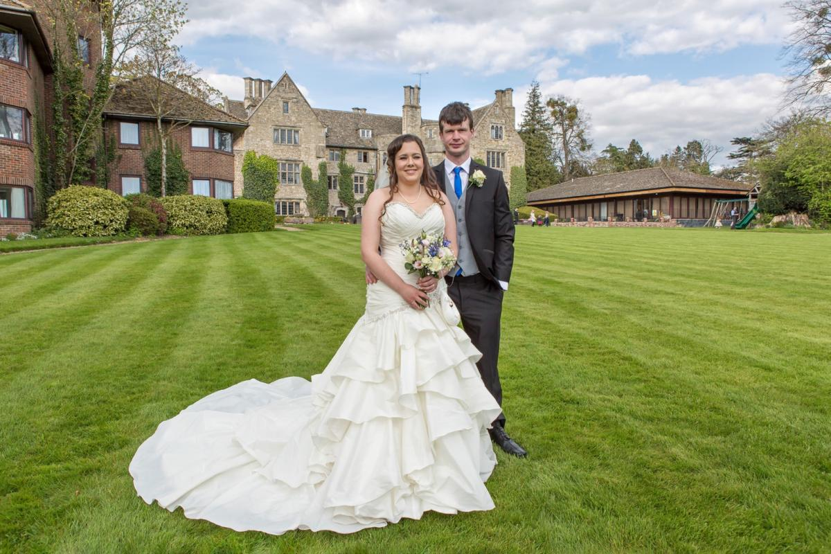 Bride saved from wedding dress woes thanks to Cirencester dress ...