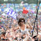 Wilts and Gloucestershire Standard: Glastonbury crowd