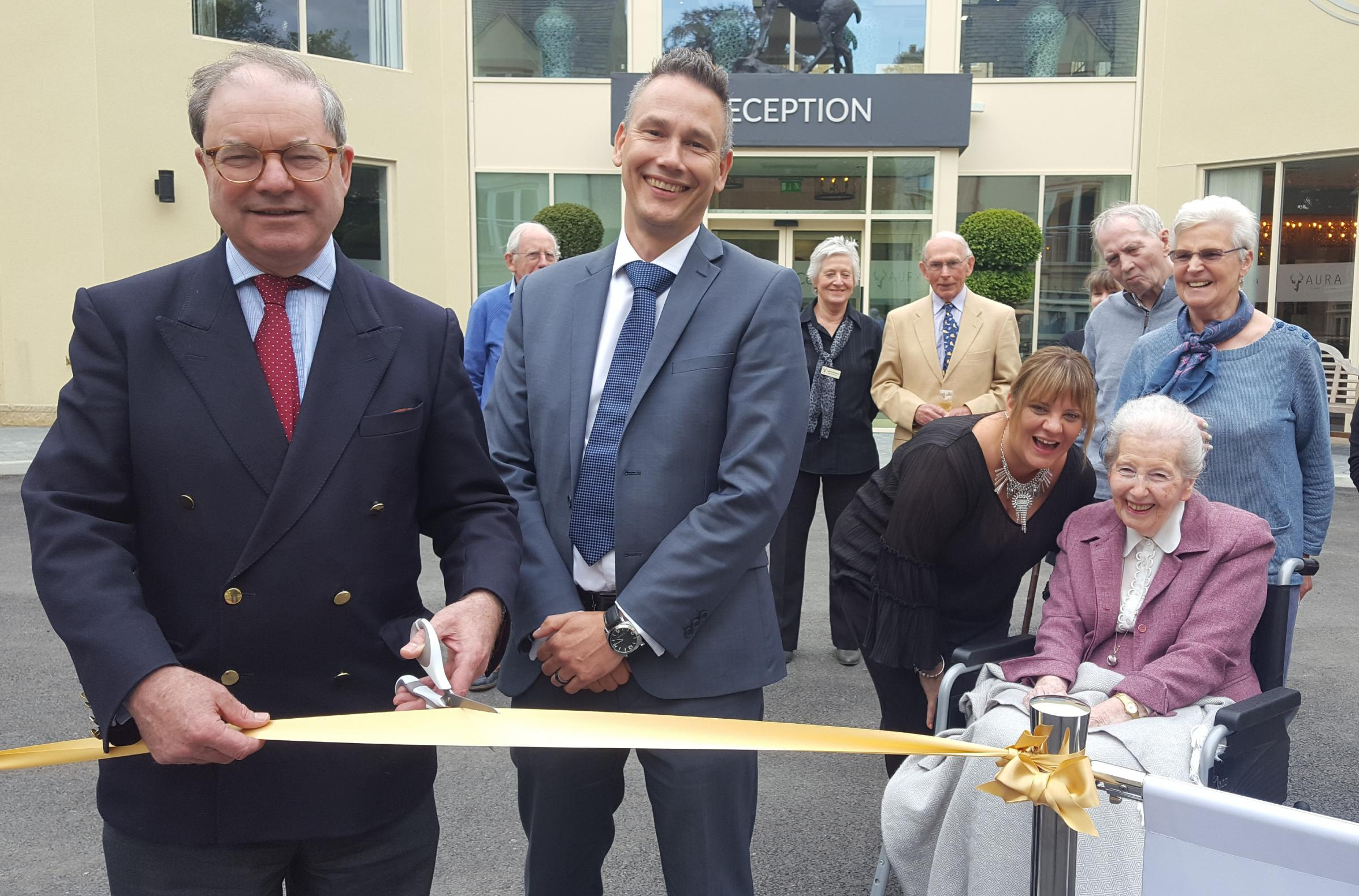 Sir Geoffrey opens the Cirencester care home with Aura MD Cliff Hasler