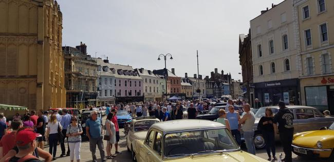 Second Ever Cirencester Classic Car Show Next Month Wilts And - When is the next car show
