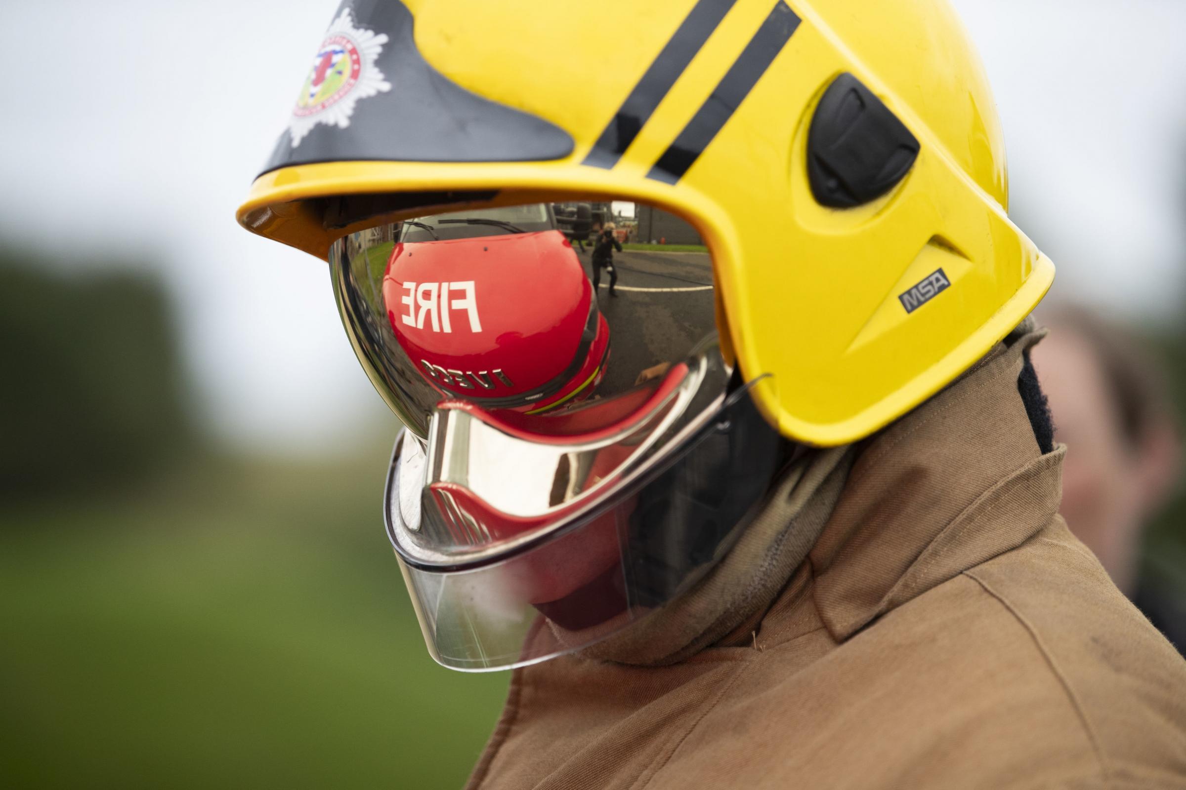 Firefighters extinguish large blaze at business park