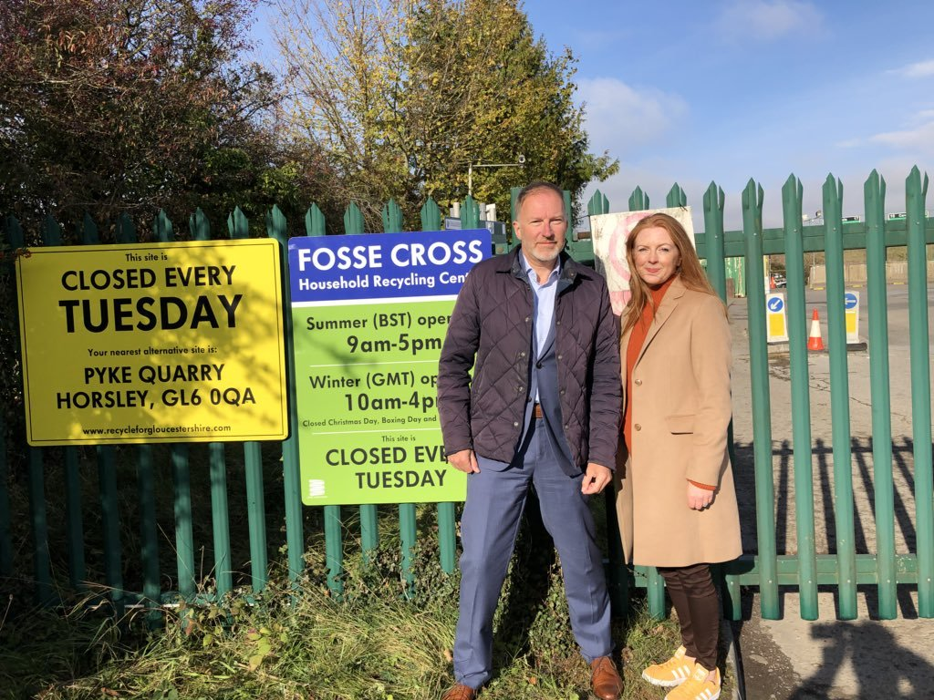 Cllr Paul Hodgkinson and Cllr Jenny Forde went down to Fosse Cross tip where 7 people were turned away in less than 10 minutes due to the new cuts