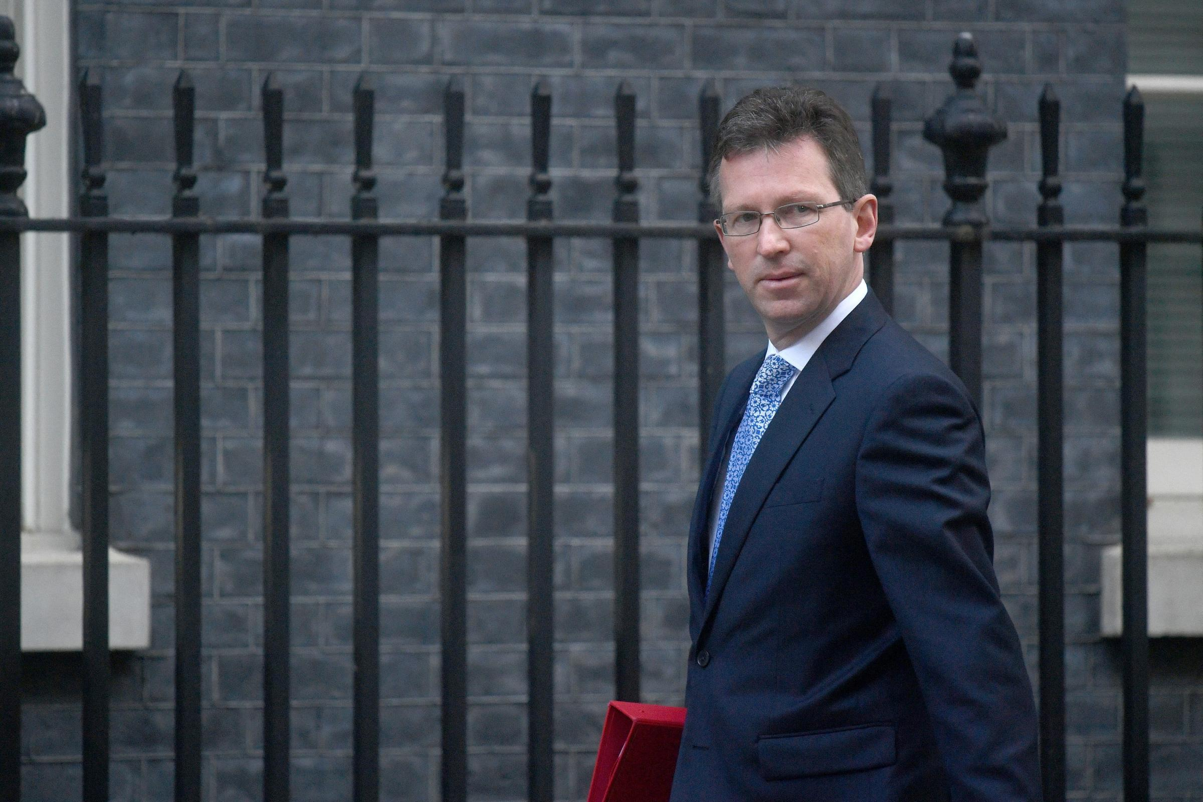 Government in climbdown over maximum betting machine stakes amid Commons revolt