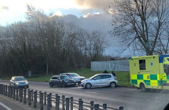 Four-car crash on A419 near Blunsdon