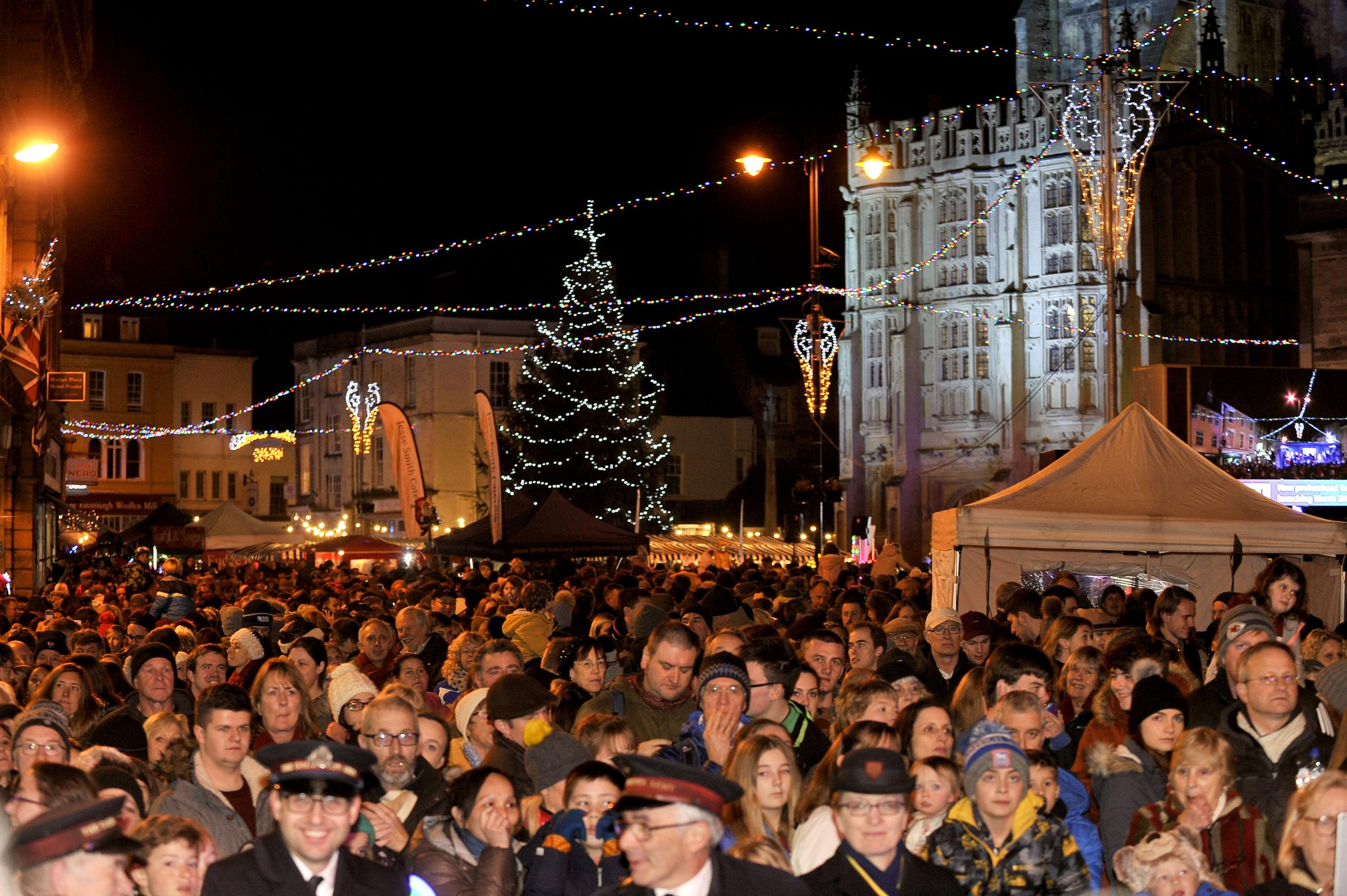 Cirencester Advent Festival - Lights Switch On